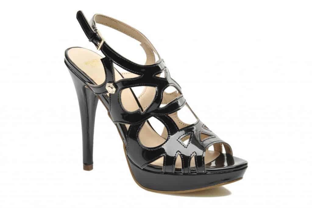 Chollo: Zapatos Versace al 40% descuento
