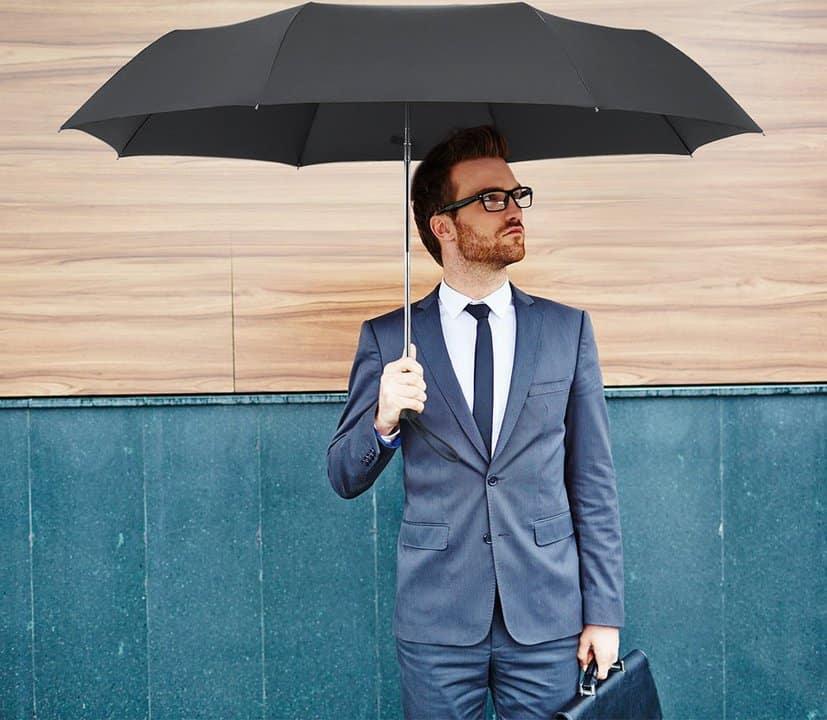 Oferta paraguas plegable por 28 euros (60% descuento)