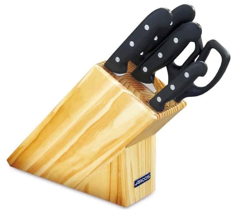 Oferta juego de cuchillos profesional Arcos por 54 euros (40% DTO.)