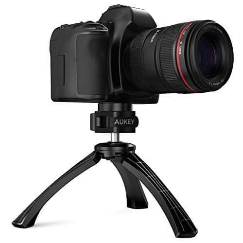 Oferta Trípode Mini para cámara digital o smartphone AUKEY por 6,99 euros (Oferta FLASH)
