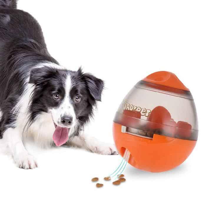 Oferta Juguete dispensador de comidas para perros por 7 euros (Cupón Descuento)