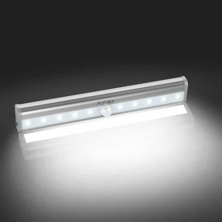 Chollo lámpara LED nocturna con sensor de movimiento Aglaia por 6 euros (Cupón Descuento)