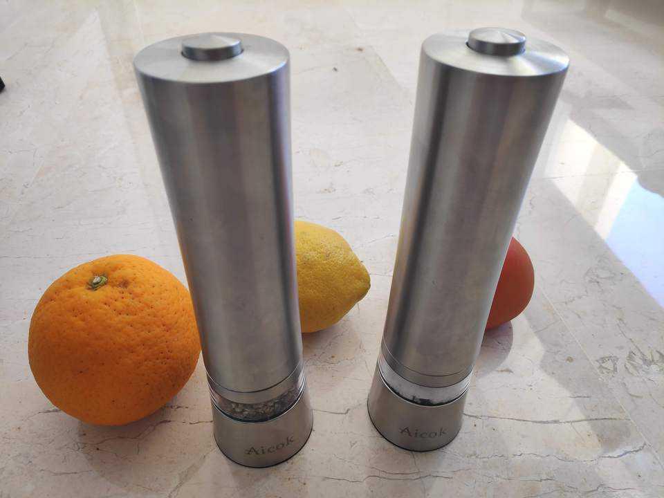 Oferta Molinillos eléctricos de sal y pimienta Aicok por 19 euros (Oferta FLASH)